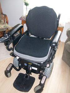 """Won't Last! Not Bulky, Easy Mobility QUANTUM Power Wheel Chair! Peterborough Peterborough Area image 2"
