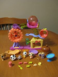 LITTLEST PET SHOP HAMSTER PLAYGROUND PLAYSET WITH PETS