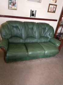 Green leather 3 seater settee