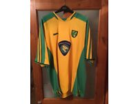 Vintage NCFC Football Shirt ( size XL )