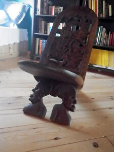 King chair Africaine sculptee bois dur