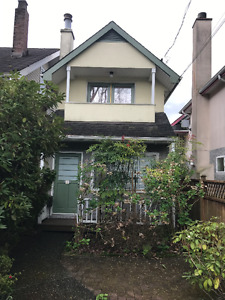 ***MUST SEE! Unique 2 Bedroom House on Kits;Close to EVERYTHING