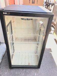 Cooler / glass door fridge