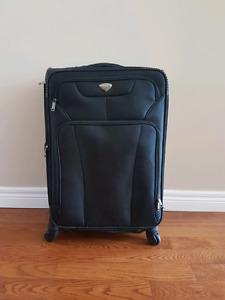Renwick medium suitcase