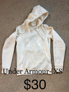Under Armour XS Hoodie