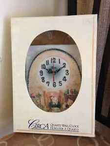 "Teddy Bear Wall Clock ""MINT IN BOX"" London Ontario image 1"