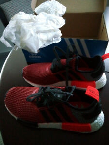 ADIDAS NMD R1 Black Red Sneakers Running Shoes Size 8 - NEW