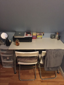 Desk + chairs for sale!