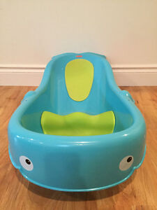 Fisher Price Precious Planet Whale of a Tub - GREAT CONDITION