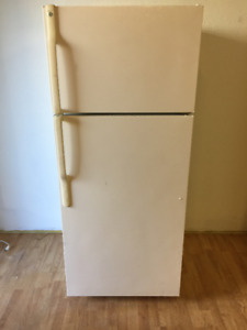 Refrigerator [GE] - Good Condition *Price Negotiable*