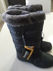 Winter boots for woman ( BRAND NEW)