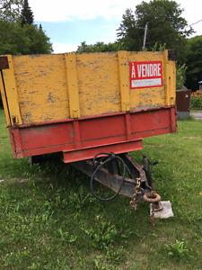trailer ou remorque dumpeur