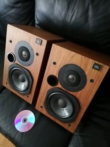 JBL L20T speakers