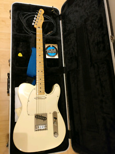 MIM 2009 Fender Telecaster with accessories