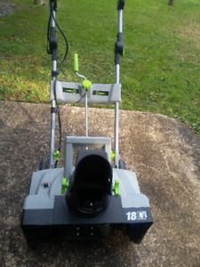 """Earthwise 18"""" electric Snowthrower"""