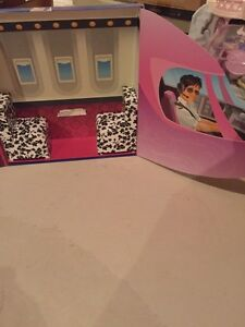 Bratz Doll Portable Air Plane London Ontario image 1