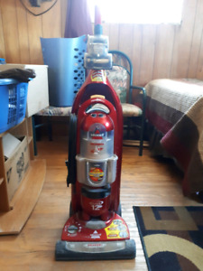 Bissell lift off vacuum cleaner