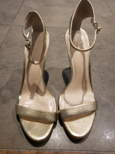 Size 10 Gold heels