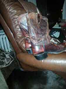 Real burgandy handmade size 10 womans boots