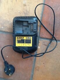 DEWALT CHARGE VGC