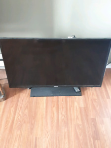 REDUCED!! 40IN 1080P 60HZ Samsung TV FOR SALE!