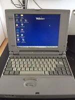 Toshiba 400 CDT laptop With Mouse and PCMCIA Card