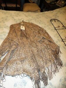 Linda Lindstrom ladies gold lace evening jacket