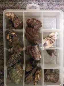 Purple fluorite .tremolite and apatite specimens from norther o  Stratford Kitchener Area image 8