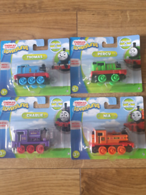 Thomas and friends adventure metal engine trains