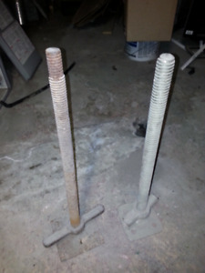 2 scaffolding jack screw legs