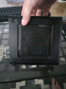 Motorola SBG6580 Surfboard Cable Modem & Router