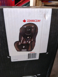 Brand new Car seat Safety First Convertible Complete air 65lx/se
