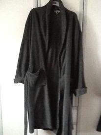 Man,s dressing gown bhs XL £5