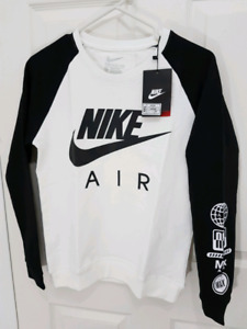 Nike Air Youth sweater brand new