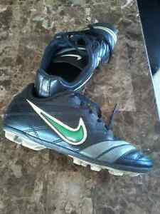 Nike soccer cleats youth 2