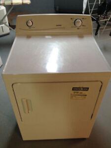 Dryer Moffat 7.2 Cubic feet capacity