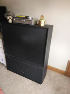 Free tv .... Pick up only