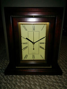 **NEW in Box** Bombay Excelsior Clock/Photo Frame