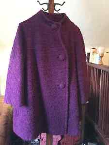 Unique vintage short purple coat