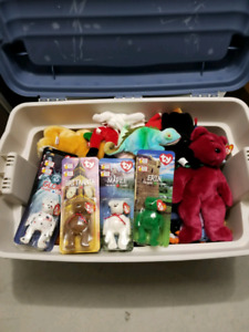 Ty Beanie babies lot of 52. Never used only stored.