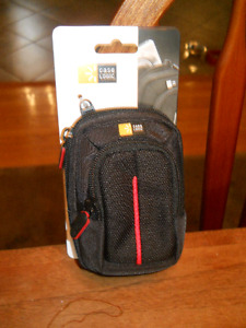 New Case Logic Compact Camera Case Black - DCB 302