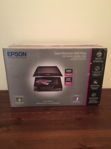 Epson Perfection V550 Photo Color Scanner *Brand New*
