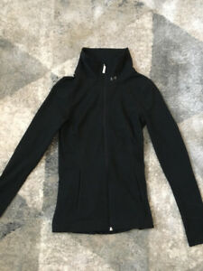 Underarmour Womans Top - Size xs *NEW