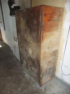 Huge 6 legged Antique Butcher Block Belleville Belleville Area image 1