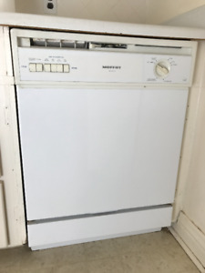 Moffat Dishwasher - Working