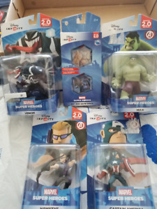 Disney Infinity 2.0 Marvel figures and games pack