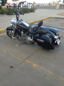 2010-Harley Davidson Road King