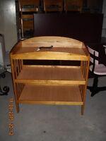 Table a langer en bois  livraison gratuite possible
