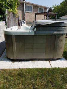 Zenith Hot Tub