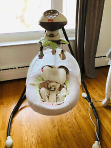 Electric Baby Swing with music - Fischer Price
